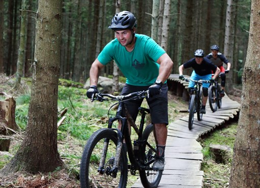 Join the MTB tracks - Blue and green tracks